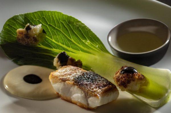 Noel je predstavio novi koncept večere na kojoj se spajaju hrana, kokteli i parfemi
