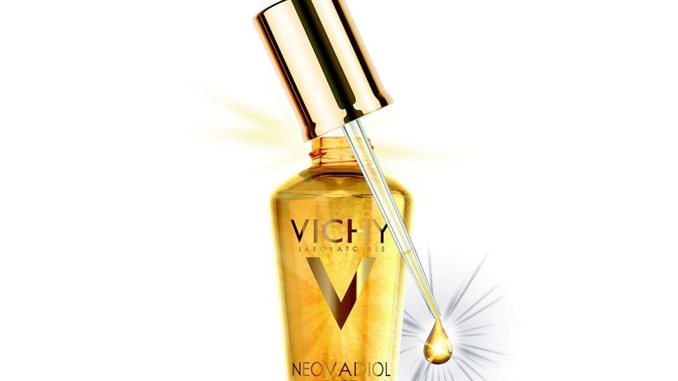 Suho ulje Vichy hrani zrelu kožu
