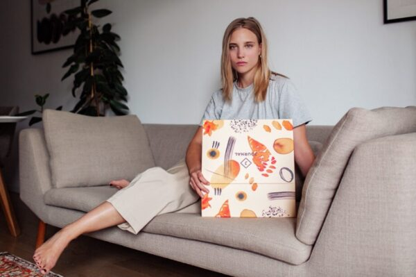 Upoznajte Enu Čuček, umjetnicu koja je oslikala novi Journal September Box
