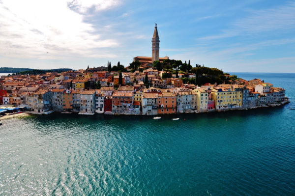 Harper's Bazaar uvrstio Hrvatsku među najbolja nova mjesta za medeni mjesec