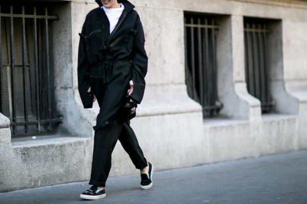 Kako sa stilom nositi crne odjevne kombinacije