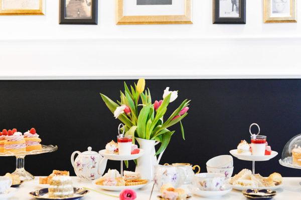 Ovako izgleda prava britanska čajanka u slastičarnici Cup&Cake