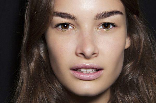 10 laganih ljetnih podloga za lice