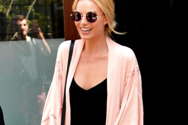 Cool ljetni look glumice Margot Robbie