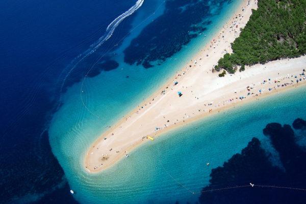 Harper's Bazaar svrstao Zlatni rat uz bok najljepših plaža svijeta