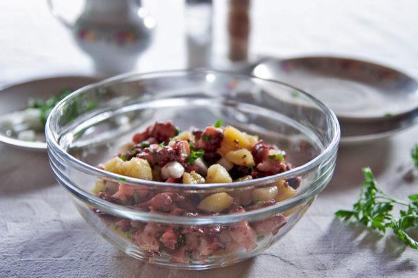 Pravi okus ljeta: hobotnica na salatu