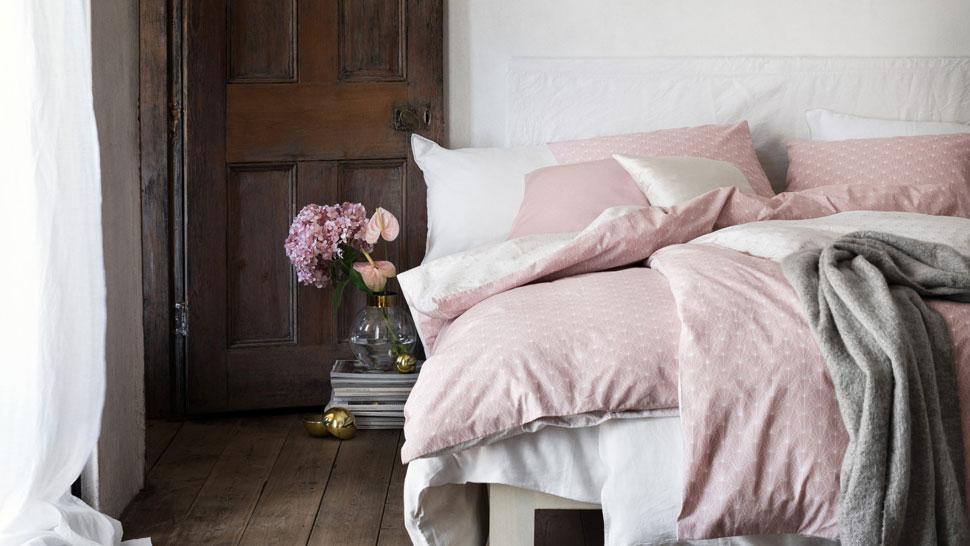 Lanena posteljina