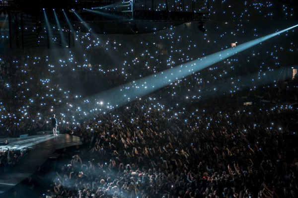 Justin Bieber pred punom Arenom