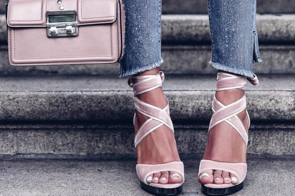 Sve baršunaste sandale u koje bi se mogli zaljubiti