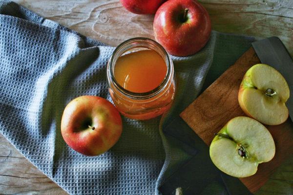 Prirodni jabučni ocat i zašto ga konzumirati svaki dan