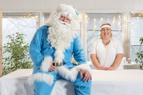 Plavi Djed Božićnjak traži nove pomagače