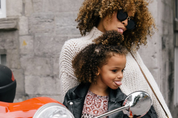 Generacijski jaz u odgoju djece iliti kako ostati cool mama