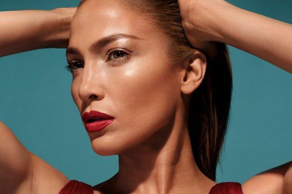 Sve što zasad znamo o make up kolekciji Jennifer Lopez
