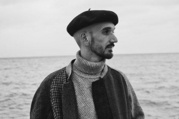 Ana Tash: Jacob Victorine – pjesnik koji otvara oči