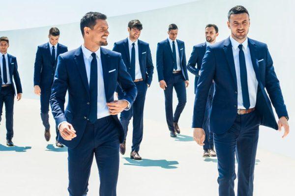 Vatreni privlače poglede u odijelima