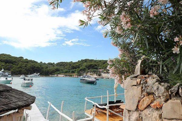Beach barovi na Jadranu koje posjećujemo ove godine