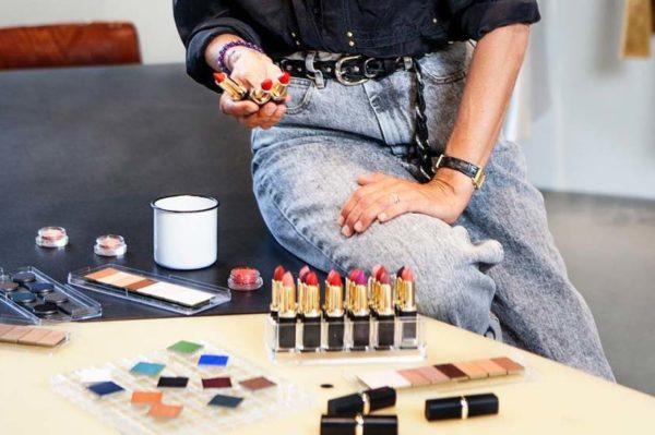 L'Oréal Paris x Isabel Marant make up kolekcija je stigla u Hrvatsku i izgleda odlično