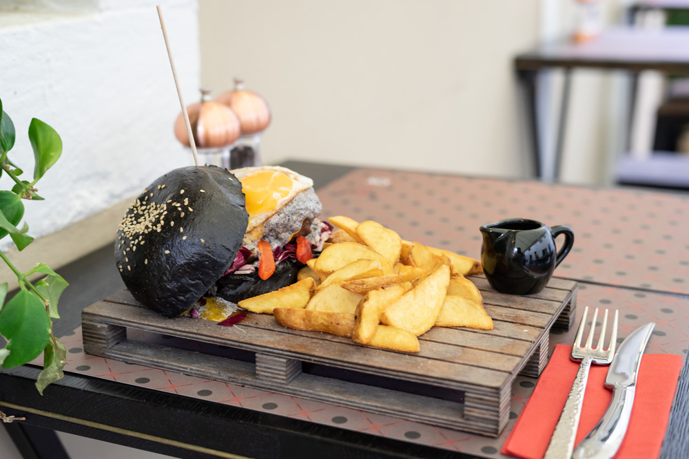 zadarstreetfoodfestival, burgers, puntamika, beach bar bamboo, www.zadarvillas.com