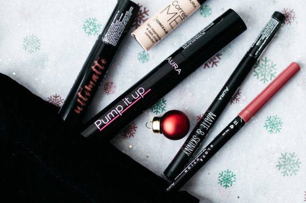 Journal.hr adventsko darivanje: AURA kozmetika make up paket