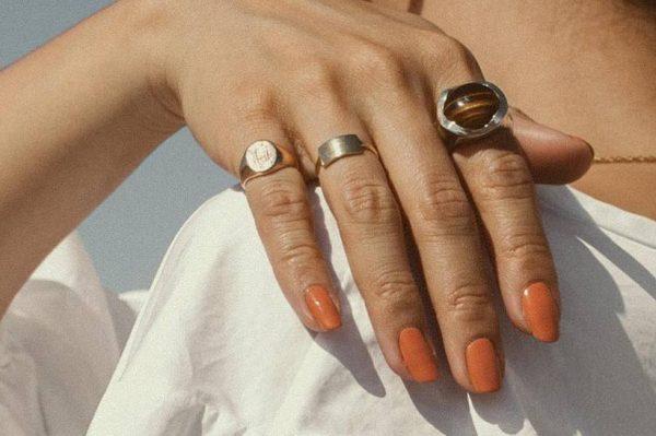 Lakovi za nokte koji imitiraju gel i jako su izdržljivi