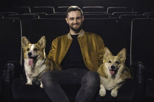 Pjesma 'S kim vi lajete na Mjesec?' talentiranog glazbenika očarat će publiku u hrvatskim kinima