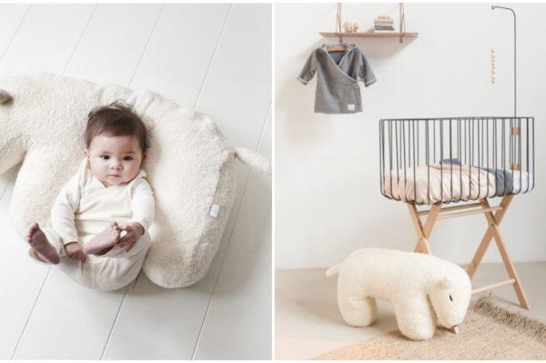 Najslađi jastuk za dojenje u obliku polarnog medvjeda