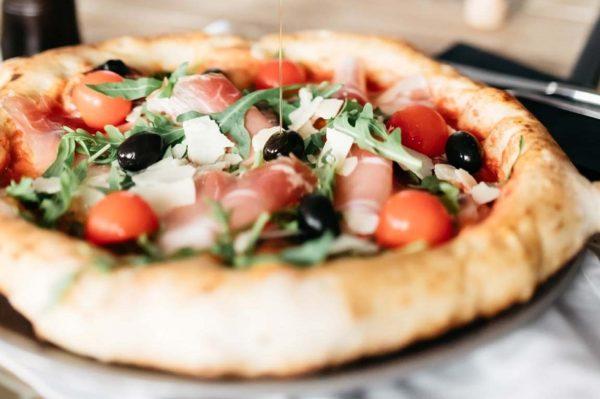 Pizze i kokteli kao odlična ideja za vikend dejt u Zagrebu