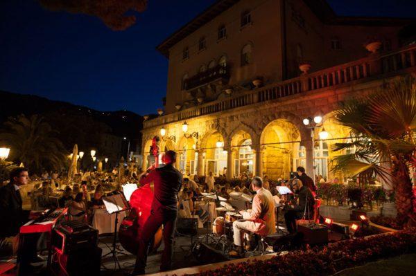 Ljetne glazbene večeri na najljepšoj terasi Opatije