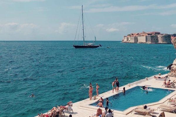 Jeste li znali za ovaj divan bazen u Dubrovniku?