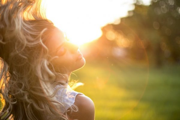 Linija proizvoda za suhu, oštećenu i lomljivu kosu idealna za ljetne dane