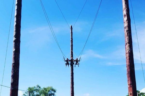 Znate li za ovu divovsku ljuljačku u adrenaliskom parku u Lici?