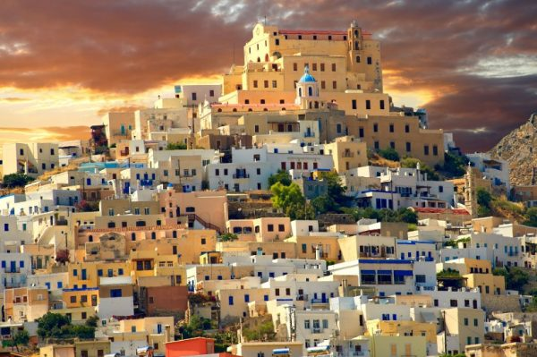 Syros – idilični grčki otok o kojem se šuška među travel blogerima