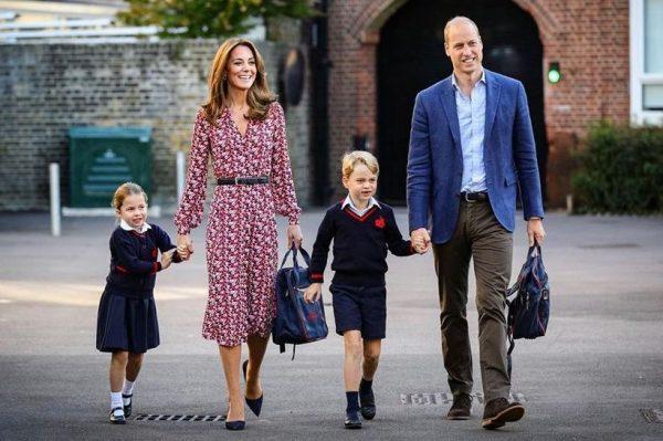 Preslatka princeza Charlotte krenula u školu koju pohađa i njezin brat George
