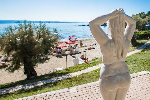 Split je dobio neuobičajenu znamenitost – Spomenik neisklesanom tijelu