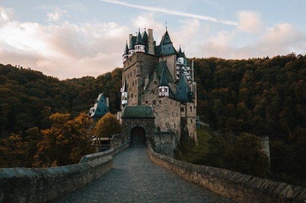 Bajkoviti dvorci u Europi koje morate posjetiti barem jednom u životu
