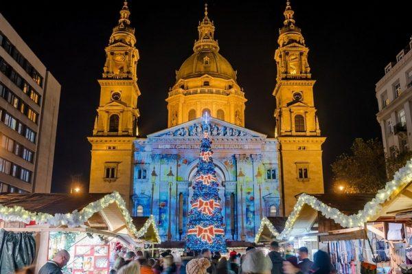 Budimpešta ove godine ima najbolji božićni sajam u Europi