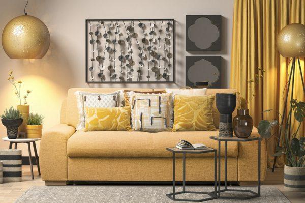 Zlatne dekoracije idealne su za stvaranje svečane atmosfere u svakom domu