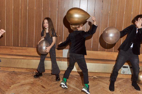Blagdanska kolekcija u disco stilu za najmlađe