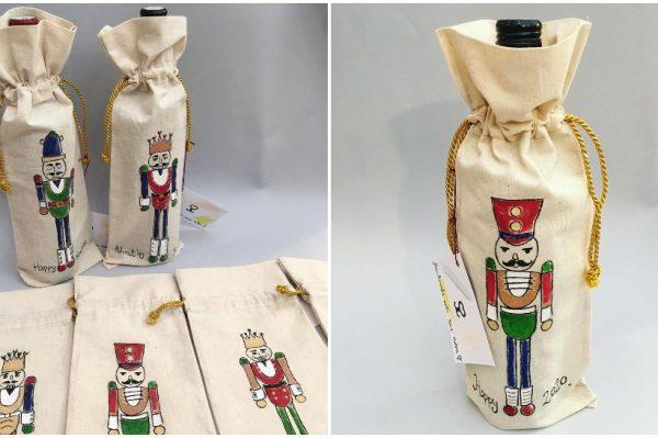 Platnene vrećice za vino s Orašarom su savršen božićni poklon