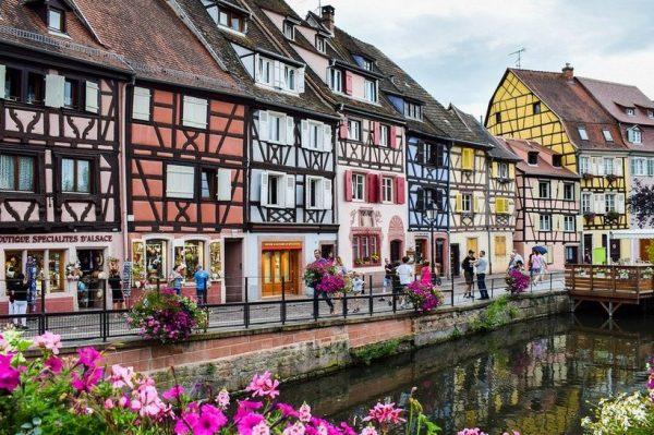 Najljepši gradići i sela u Francuskoj koje morate posjetiti ovog proljeća