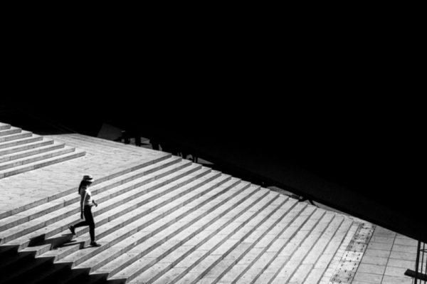 """Prag, Skopje, Venecija, Lisabon i Istanbul – objedinjeni u crno-bijeloj izložbi """"Gradovi"""""""