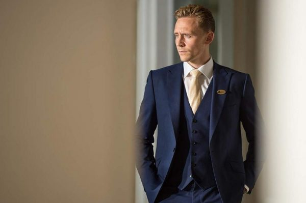 Na Netflix stiže nova napeta politička serija s Tomom Hiddlestonom u glavnoj ulozi