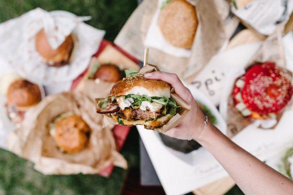 Međunarodni je dan hamburgera, najpopularnijeg sendviča na svijetu