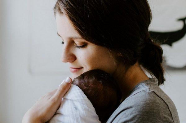 Još jedna lijepa vijest: Pokreće se pomoć za mame koje su jučer morale napustiti rodilišta