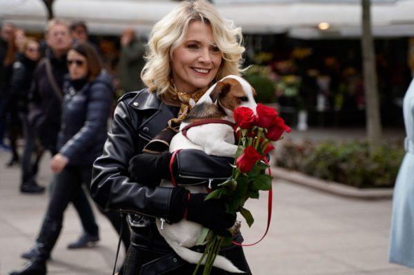 Jeste li među 111 sretnika kojima su ovog vikenda ružu ili ulaznicu za predstavu uručili poznati glumci?