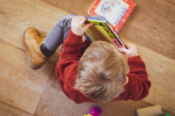 Otkrijte kako možete zabaviti dijete dok je kod kuće