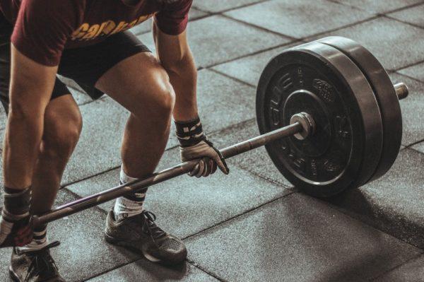Journal Man: Slobodni utezi i sprave za vježbanje – što izabrati?