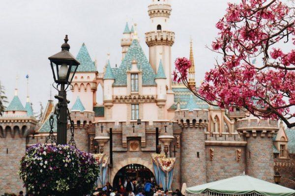 Otvorena je online platforma 'Disneyland Paris at Home' koja će oduševiti i male i velike