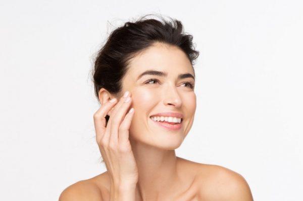 Bore na koži i licu – zašto se pojavljuju i kako ih spriječiti i liječiti?