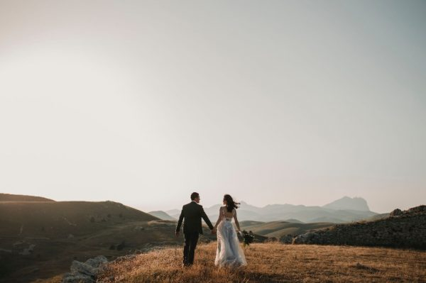 Događaju se promjene u svijetu vjenčanja – što savjetuju stručnjaci?